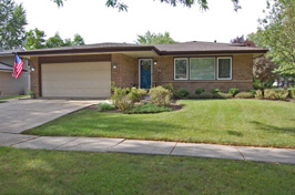 623 Bryn Mawr Bartlett IL Home For Sale