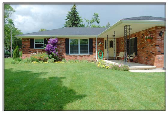 3 Bedroom Geneva, IL Ranch House For Sale Presented By Peggy Cain.