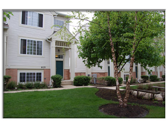 3 Bedroom St. Charles, IL Townhouse Unit 4 Sale Presented By Peggy Cain.